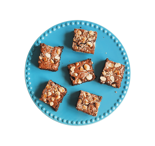 Een uniek cadeautje door je brievenbus. Handgemaakt met pure biologische ingrediënten. Ook vegan keuzes! Voor 14:00 besteld, vandaag verzonden! Elke brownie is ambachtelijk, vers, duurzaam en lekker FUDGY! Bio Brownie Box - Bio Cookie Box - Exlusive Cakes & more!
