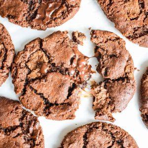Bestel de allerlekkerste koekjes NU gemakkelijk online! Niks lekkerder dan een versgebakken biologische cookie! Verras jezelf, jouw gasten of een ander met overheerlijke combinaties en vegan keuzes! Veel aanbod en voor ieder wat wils! Koekjes online bestellen - koekjes per post!