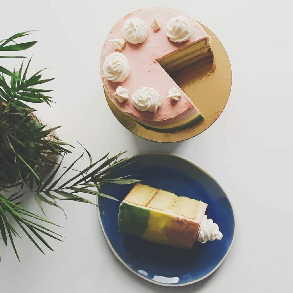 biologische taart bestellen online laten bezorgen cake bestellen verjaardagstaart stapeltaarten organic layercake taartenwinkel cakeshop den haag leiden voorburg wassenaar bestel online taarten