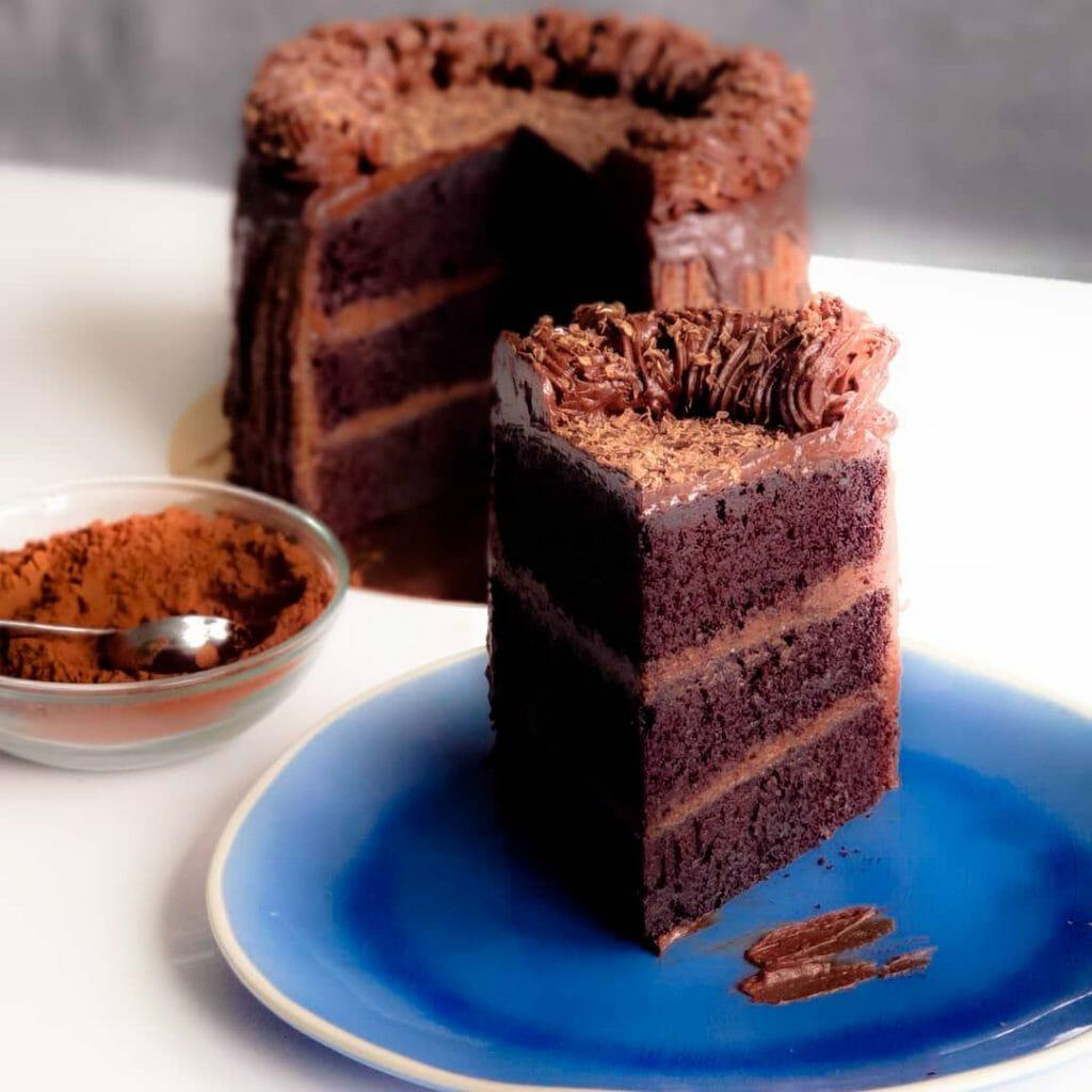 biologische verjaardagstaart bestellen layercake bestellen lekkerste chocoladetaart bestellen laten bezorgen chocolade gebakjes den haag voorburg leiden leidschendam