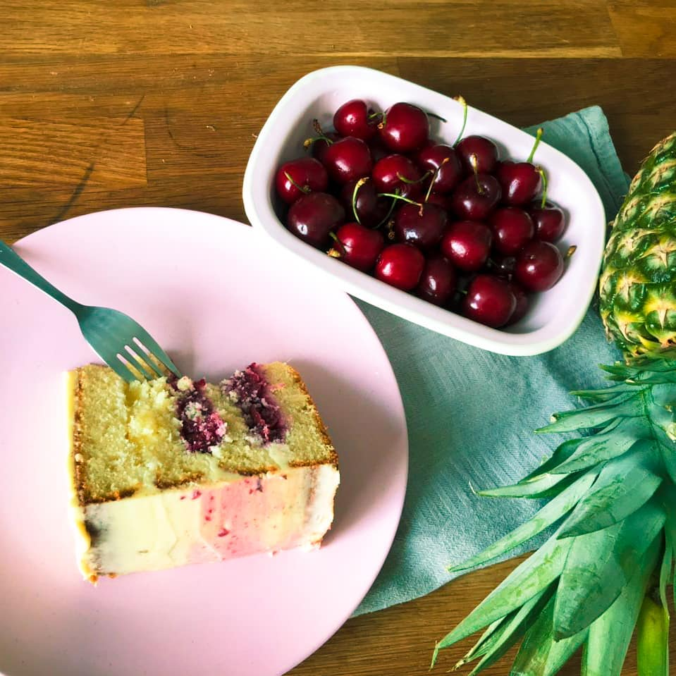 biologische verjaardagstaart birthdaycake bestellen bezorgen vegan gebakjes lekkernijen taart online bestellen den haag voorburg wassenaar leiden