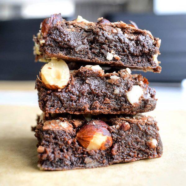 Bio Brownie Box - Bio Cookie Box Bestellen - Biologische natuurlijke ingredienten - Vegan Keuzes - Lux Geschenk - Duurzaam chocolade gebakjes organic chocolate