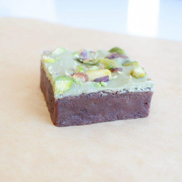 Bio Brownie Box - Koekjes per post - Biologische lekkernijen bestellen - Ambachtelijk - Vers op Order - Handgemaakt - Exclusief - Geschenk - Cadeau - Duurzaam - Echt