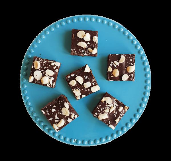 Biologische Vegan Macadamia Brownie Box - Voor 14.00 besteld, vandaag verzonden - Vegan Bio Brownies per post - Duurzaam - Ambachtelijk - Vers op Order - Kwaliteit - Echt