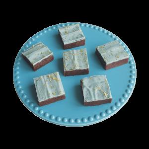 Heerlijke Biologische Vegan Brownie Box - Voor 14.00 besteld, vandaag verzonden - Vegan Bio Brownies per post - Duurzaam - Ambachtelijk - Vers op Order - Kwaliteit - Echt