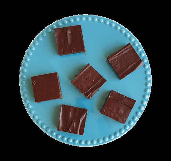 Vegan brownies per post bestellen ? - Deze brownies zijn volledig biologisch, fudgy, ambachtelijk en vers op order! Bestel gemakkelijk online op de webshop, nu met gratis persoonlijk boodschap. - Fudgy Brownies | Moist Muffins | Chewy Cookies | Special Cakes & more