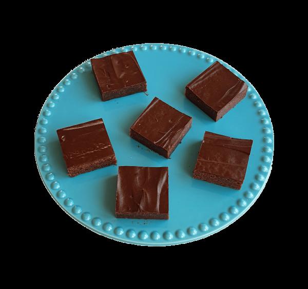 Vegan brownies per post bestellen ? - Deze brownies zijn volledig biologisch, fudgy, ambachtelijk en vers op order! Bestel gemakkelijk online op de webshop, nu met gratis persoonlijk boodschap. - Werkdagen voor 14.00 besteld is zelfde dag verzonden. - Fudgy Brownies | Moist Muffins | Chewy Cookies | Special Cakes & more