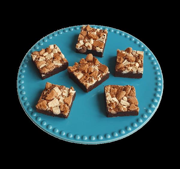 Biologische Pepernoten Brownie, lekker fudge - Bio fudgy brownie box bestellen - Biologische ingrediënten - Ambachtelijk en vers op order - Chocolade gebakjes - Horeca en meer