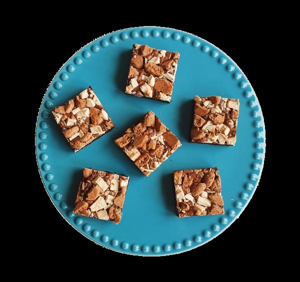 Pepernoten brownie - Biologische brownies en cookies per post - Enkel biologische ingrediënten, ook vegan keuzes - Duurzaam en Ambachtelijk geschenk - Horeca - B2b partnership