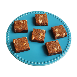 Salted Caramel Peanutbutter Brownies - Biologische brownies en chocolate chip cookies per post - Onze Fudgy brownies zijn nu natuurlijk en nu nog lekkerder - Duurzaam en Ambachtelijk geschenk