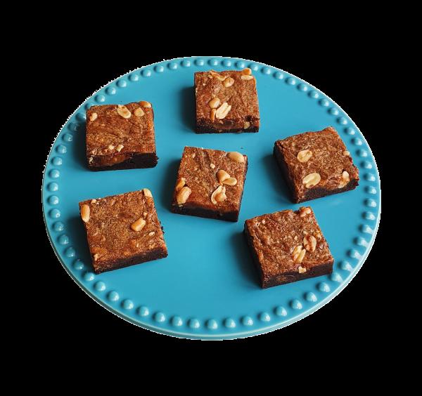 Salted Caramel Peanutbutter Brownies - Biologische brownies en chocolate chip cookies per post - Onze Fudgy brownies zijn nu natuurlijk en nu nog lekkerder - Duurzaam en Ambachtelijk geschenk
