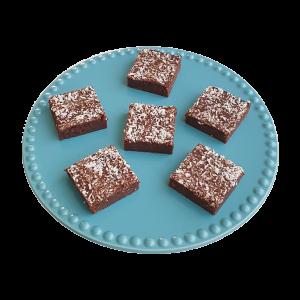 Vegan fudgy cocos brownies per post - Deze heerlijke brownies zijn biologisch, vegan, ambachtelijk, vers op order, met de beste kwaliteit handgemaakt en makkelijk te bestellen op onze webshop. Nu met gratis persoonlijk boodschap. Op werkdagen voor 14.00 besteld is zelfde dag verzonden! Fudgy brownies - chewy chocolate chip cookies - moist muffins - exclusive cakes & more