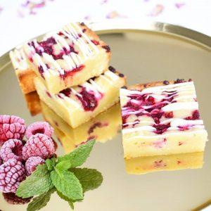 Bestel de lekkerste Blondies & Brownies per post - Onze gebakjes zijn volledig BIO en hebben we veel VEGAN opties! - Nu met gratis persoonlijk boodschap - Ambachtelijk - Vers op Order