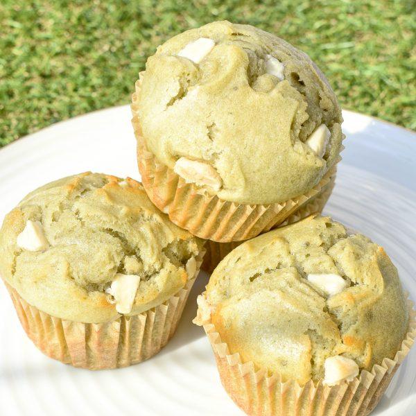 Vegan Muffins met unieke smaken bestellen - Onze Muffins zijn volledig BIO, Ambachtelijk, Duurzaam, Vers op Order en makkelijk te versturen per post! - De doosjes zijn mooi ingepakt zodat ze perfect als geschenk aangeboden kunnen worden! Nu met gratis persoonlijk handgeschreven bericht! Skal-gecertificeerd
