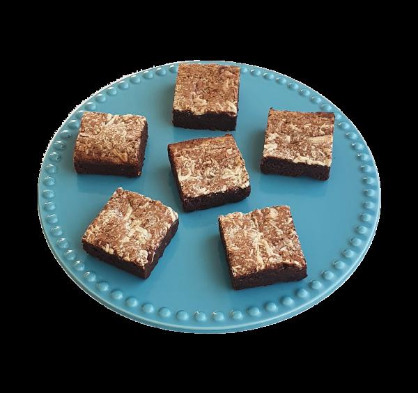 Biologische Brownies in een mooi verpakking! De brownies gaan makkelijk per post - Ook hebben we veel VEGAN keuzes! - Nu met gratis persoonlijk bericht! - Perfect als Geschenk - Bedankje - Cadeau - Traktatie - Ambachtelijk - Vers op Order - Duurzaam - Veel Smaken - Uniek
