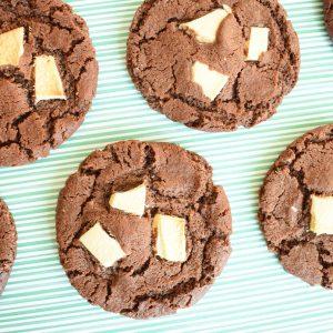 Chewy Cookies Per Post - De allerlekkerste biologische koekjes bestellen - Ook Vegan Chocolate Cookies verkrijgbaar! - Per post met handgeschreven boodschap - Werkdagen voor 14.00 besteld = zelfde dag verzonden!
