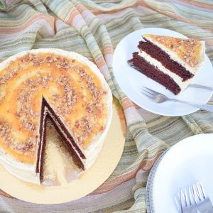 100% BIO Salted Caramel Cake Bestellen! - Onze karamel taart is volledig biologisch, ambachtelijk, duurzaam, handmade en vers op order - We hebben ook veel VEGAN taarten/gebakjes op de webshop voor de veganisten onder ons - 100% BIO of Vegan gebak of taart bestellen