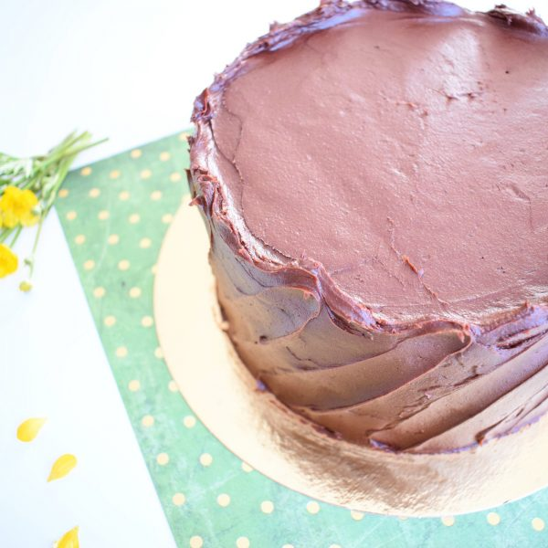 Biologische Verjaardagstaarten Bestellen - Ook genoeg Vegan keuzes! - Onze gebakjes zijn 100% BIO, Ambachtelijk, Duurzaam en Vers op Order - Nu met gratis persoonlijk handgeschreven bericht! - Organic Birthday Cake - Chocolate Cake - Chocolade Taart