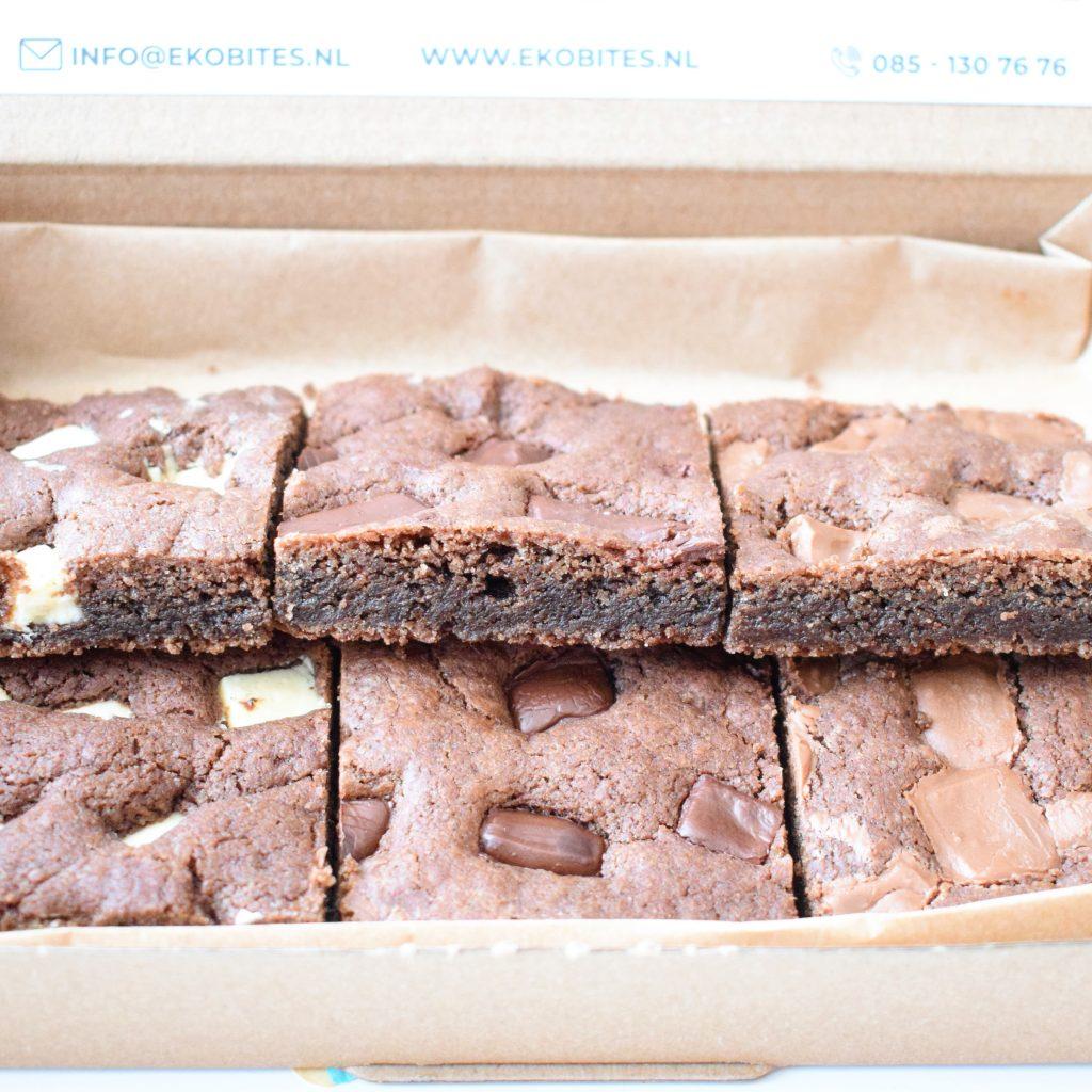 Organic Chocolate Cookie Bars Bestellen | Onze Cookie Bars zijn 100% BIO - Ambachtelijk - Duurzaam & Vers op Order | Werkdagen voor 14:00 besteld = zelfde dag verzonden - Brownies - Muffins - Cookies & Special Cakes