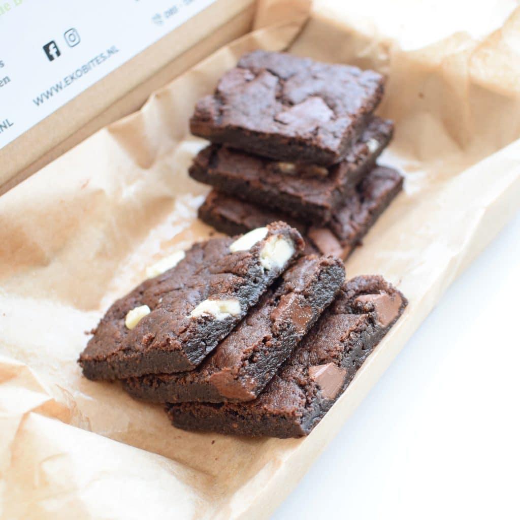 100% BIO Vegan Cookie Bars Party Box - Nu online verkrijgbaar! - Geniet zelf of verwen iemand met onze duurzame geschenken! - Organic Vegan Cookies per Post - Ambachtelijk - Duurzaam - Handmade - Vers op Order - Vegan Koekjes - Vegan Gebakjes