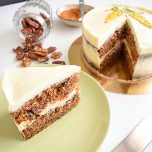 De lekkerste wortel taart bestellen - Onze worteltaart is zo lekker dat er niks meer van overblijft | 100% BIO Ingrediënten | Vers op Order | Ambachtelijk | Vegan Keuzes | Verjaardagstaart - Birthday Cake